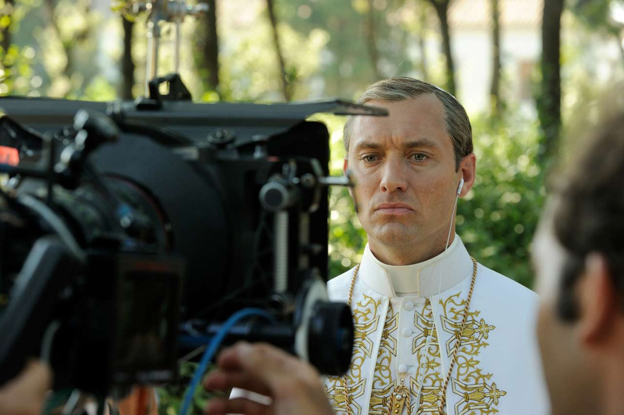 Young-Pope-Jude-Law-BTS